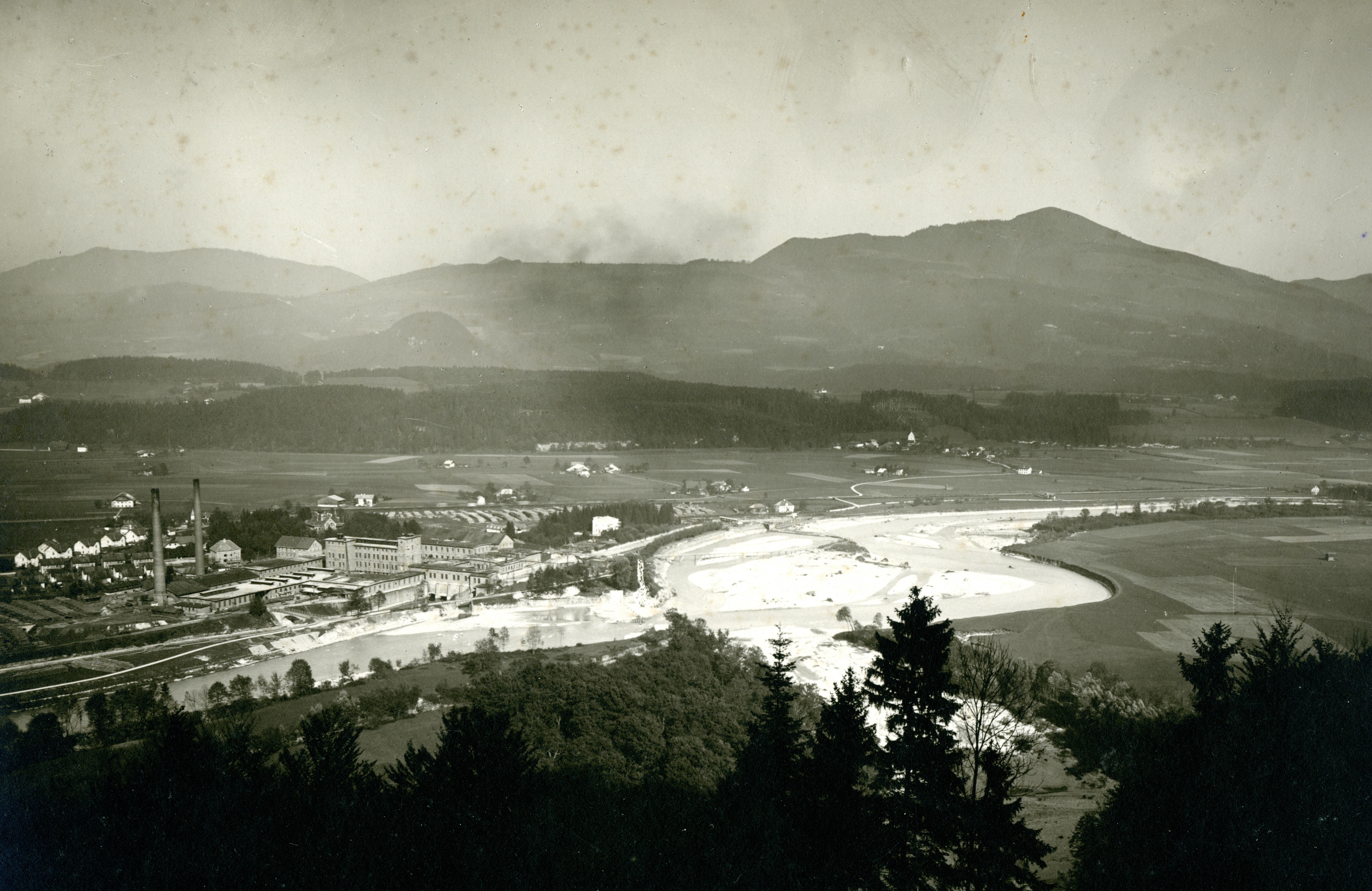 Die Zellulosefabrik trug erheblich zur Industrialisierung Halleins bei. © Stadtarchiv Hallein