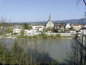 Die Stadt in der Flussschleife, Ansicht von Westen. © S. Schwedler