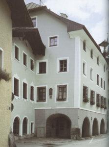 Das Kruegerhaus von Marktschellenberg an der Salzburger Straße. © Oskar Anrather