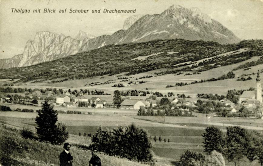 Der Markt Thalgau um 1900 mit Blick auf den Schober und die Drachenwand. (SLA, Fotos. A 20345; Repro SLA)