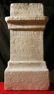 Altar für die Nymphen © O. und F. Harl, Foto O. Harl 2004