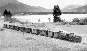 Die Ischlerbahn fuhr bis ins Jahr 1957 mitten durch das Hochmoor © A. Luft