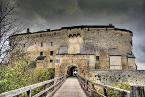 Nordeingang zur Burg Tittmoning © Stadt Tittmoning