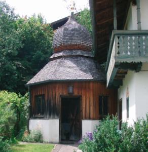 Frauenbrünndl-Kapelle in Traunwalchen © C. Soika