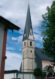 Pfarrkirche Mariae Empfängnis in Siegsdorf © C. Soika